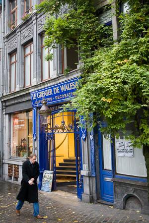 Straatje bij Place Saint-Lambert in Luik