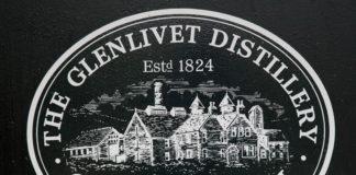 Uithangbord Glenlivet Distillery, Schotland
