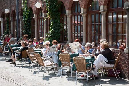 Het terras van Hotel van der Werff op Schiermonnikoog