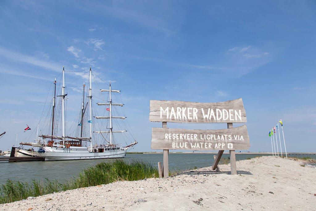 De haven van de Marker Wadden